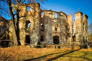 owiesno-ruiny-zamku-1411474621